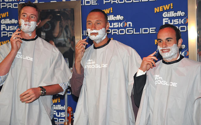 Matt Ryan and Derek Jeter join Donovan in a quick shave at the EA SPORTS Champions of Gaming Global Finals in New York City.