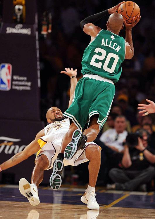 All Lakers guard Derek Fisher could do Sunday night was get out of the way, as the Celtics steamrolled L.A. in crunch time en route to a series-tying win.