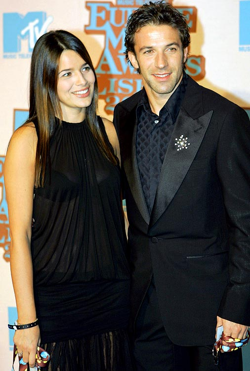 Alessandro del Piero (Juventus) and his wife (then-girlfriend) Sonia Amoruso, arrive for the MTV Europe Music Awards ceremony Thursday, Nov. 3, 2005, at the Atlantic Pavillion in Lisbon.
