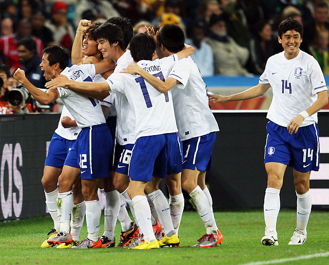 Park Chu-young gave South Korea a 2-1 lead in the 49th minute, bending the ball into the goal on a free kick. Chu-young is just the fifth player in history to score a goal and an own goal in the same World Cup (he put one into his own net against Argentina on June 17).