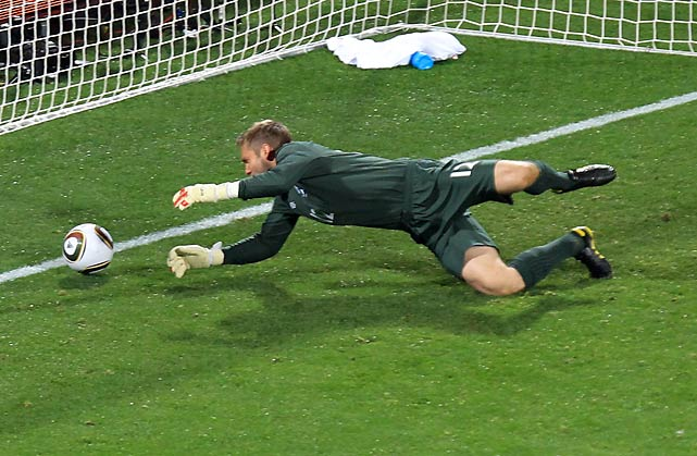 The U.S. held England to a draw in its World Cup Group C opener Saturday, with a stunning blunder by English goalkeeper Robert Green costing his team victory.