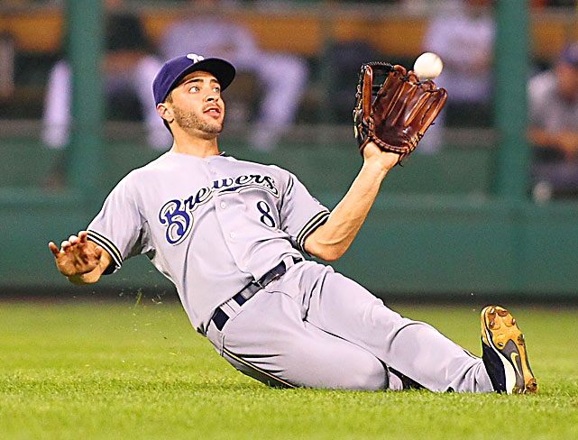 Milwaukee Brewers left fielder Ryan Braun makes a sliding catch during an 11-9 loss to the Pirates at PNC Park in Pittsburgh.