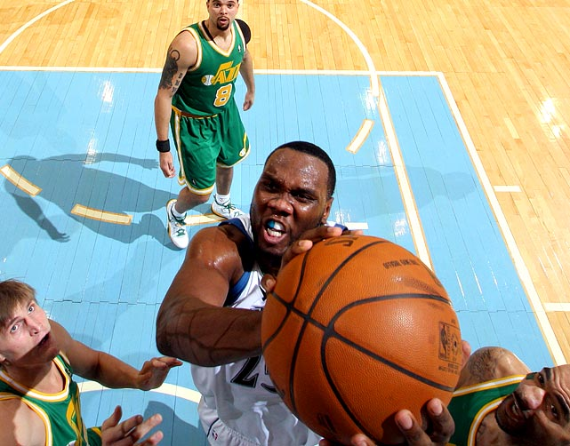Minnesota agreed to send power forward Al Jefferson, who was being targeted by the Mavs, to Utah for two future first-round picks and a trade exception. Jefferson, who joined the Timberwolves in 2007 in the offseason deal that sent Kevin Garnett to the Celtics, averaged 17.1 points and 9.3 boards last season -- his first year back from a major knee injury. He'll help Utah replace the departed Carlos Boozer.