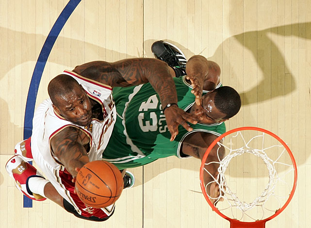 Shaq accepted the veteran's minimum (nearly $3 million over two years) to chase a ring with the Celtics, who will benefit from O'Neal's rebounding and efficient scoring, especially early in the season when starting center Kendrick Perkins is sidelined while recovering from knee surgery.