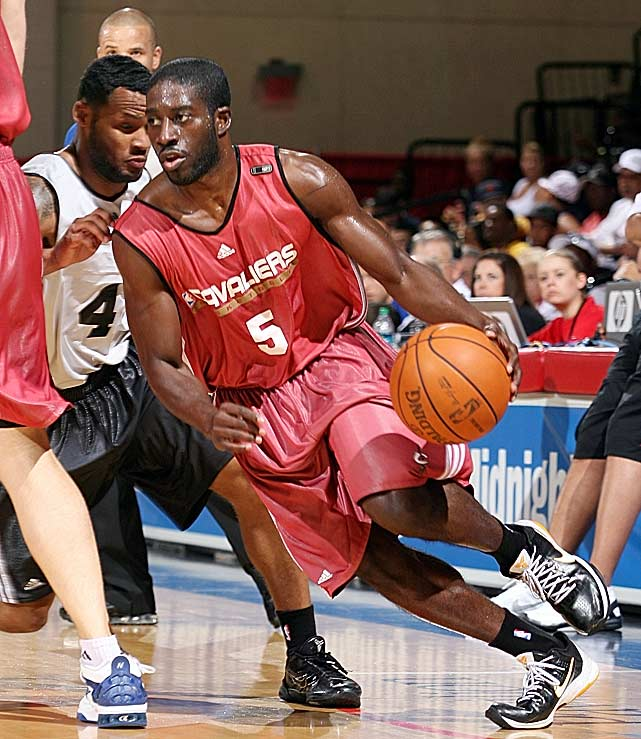 Pooh Jeter had an impressive stint in Vegas as he tries to earn an invitation to training camp. Jeter, who has played in Spain, Israel, the Ukraine and the U.S. minor leagues since leaving the University of Portland in 2006, averaged 14.4 points and 5.4 assists in five games for Cleveland. He made a game-winning three-pointer in an 81-80 victory against Chicago.