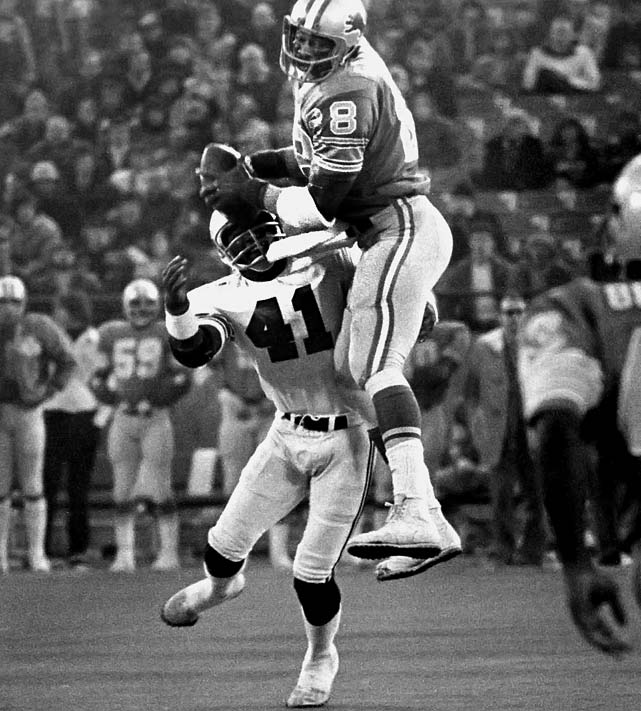 During the Lions' 24-13 loss to the St. Louis Cardinals in December, tight end Charlie Sanders made one of his 37 catches on the season. Sanders earned one of his seven career trips to the Pro Bowl in '75.