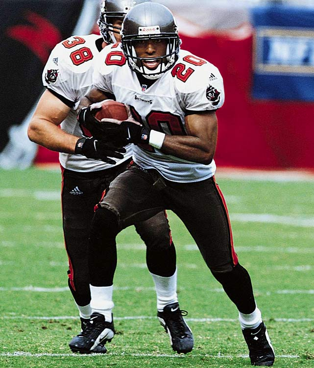 10 interceptions, 1 forced fumble   Ronde Barber's 10 picks in 2001 doubles the total from his second most productive season (2005) and represents nearly more than a one-fourth of his total career output. He was selected to the Pro Bowl in 2001  and named first team all-NFL by the AP and Pro Football Writers Association.