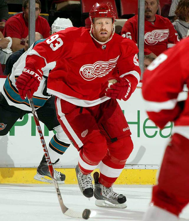 Franzen was kept off the market by the deal he signed in April 2009. His extension (the second-longest contract in Red Wings history) pays him between $5 and $5.5 million during the first seven years.