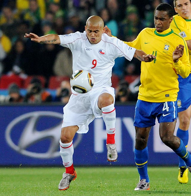 Considered one of the keys to an explosive Chile offense, Suazo (left) had impressed in World Cup qualifying with plenty of goals. During the tournament however, he was slowed by injury and unimpressive when he did see action.