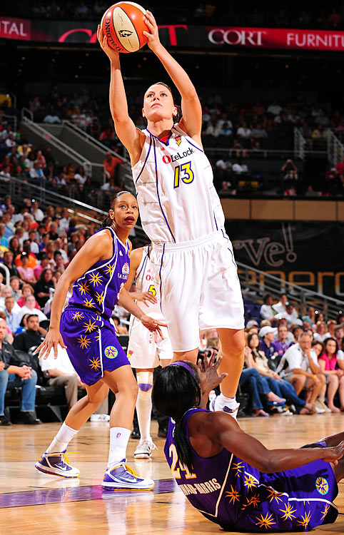 Hampered by ankle injuries for the first half of last season, Penny Taylor returned for the second half but was relegated to mostly bench duty and scant minutes. Displaying her versatility, Taylor had 31 points, five rebounds, five assists and five steals against Atlanta on June 29.