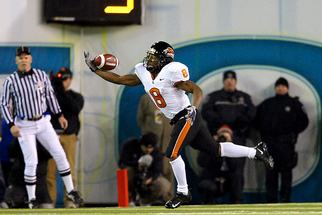 Quizz's older brother caught a school single-season-record 91 passes in 2009, tops in the Pac-10. Rodgers, a Beavers co-captain, has 5,077 career all-purpose yards and needs 530 to become the school's alltime leader.