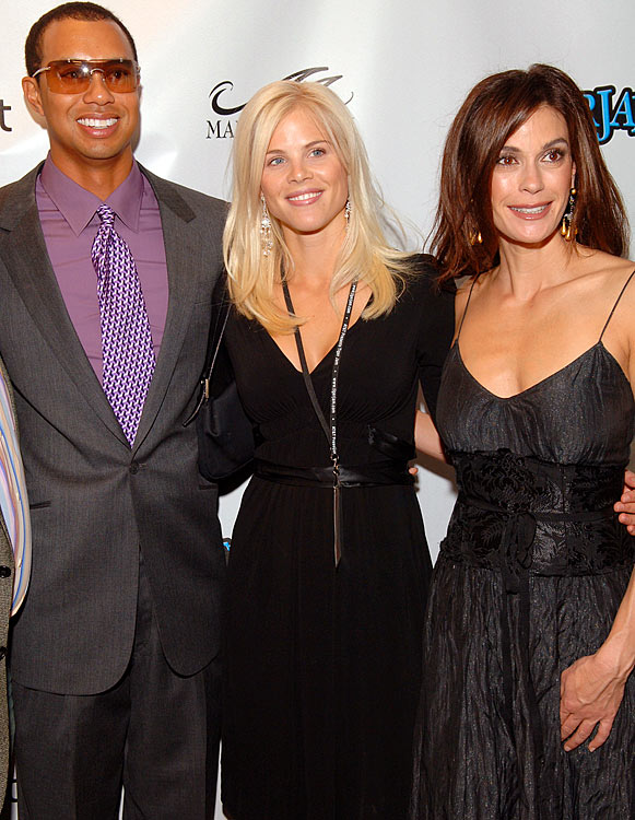 Elin and Tiger with Terri Hatcher of   Desperate Housewives   fame in April 2006.