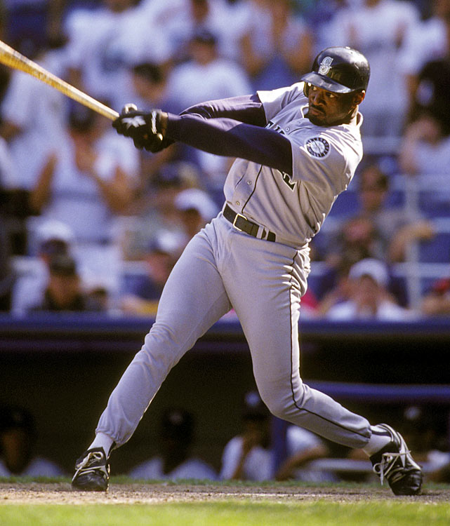 The Mariners missed the playoffs by three games in 1996, but it was no fault of their waiver-trade additions. Dave Hollins was acquired from the Twins for a young David Ortiz, who was then in A-ball, and hit .351/.438/.479 in 113 plate appearances. That was no match for the .300/.399/.607 performance over 163 plate appearances by Whiten, who was acquired from the Braves on Aug. 14 and coincidentally had been traded for Hollins at the 1995 non-waiver deadline.