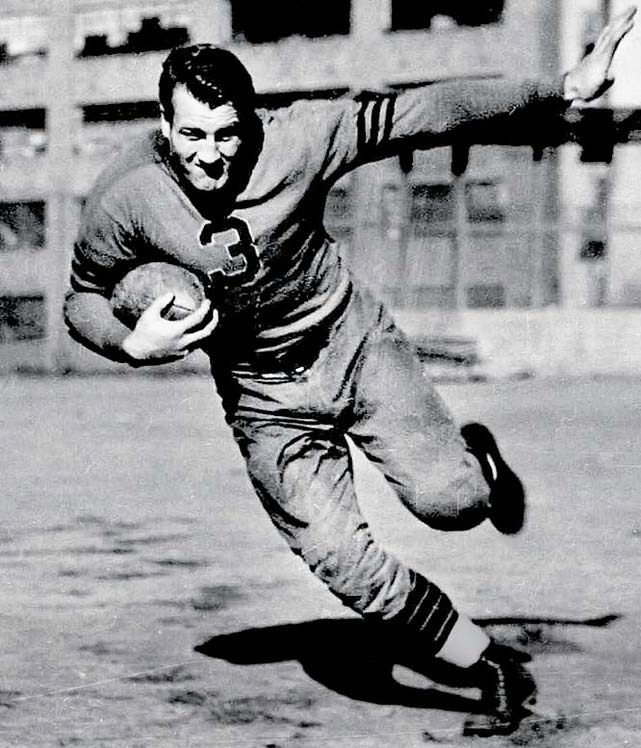 A two-way superstar, Nagurski excelled for the Bears at fullback and linebacker. He gained 4,031 yards over nine NFL seasons (1930-37, 1943) and scored the go-ahead touchdown in the 1943 title game. He was 35 at the time.  Runner-up: Jan Stenerud  Worthy of consideration: Tony Canadeo, Daryle Lamonica (Oak.), Mark Moseley, Jeff Reed