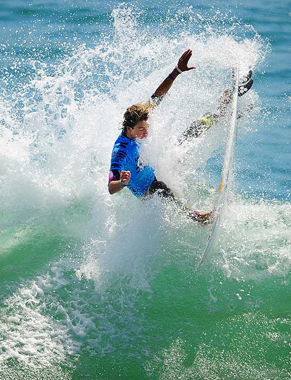 Evan follows in the footsteps of older brother Eric, who has also won an ASP North America Pro Junior series title.
