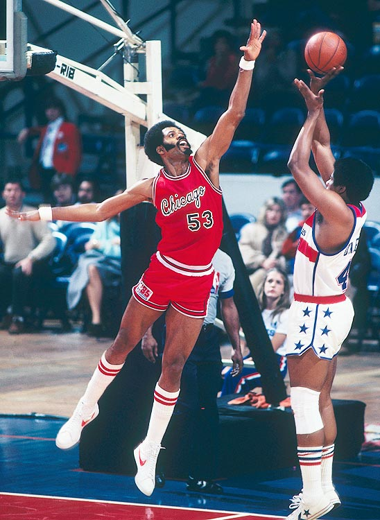 Artis Gilmore remains in the public consciousness for an unfortunate reason: his glaring omission from the Naismith Memorial Basketball Hall of Fame.  Similarly, in 1988, when no NBA team would give Gilmore the time of day, he packed his bags and moved to Italy where he played one year with Arimo Bologna. Despite the different style of the European game, Gilmore, then 40, was still able to rebound, block and intimidate with the best of them.