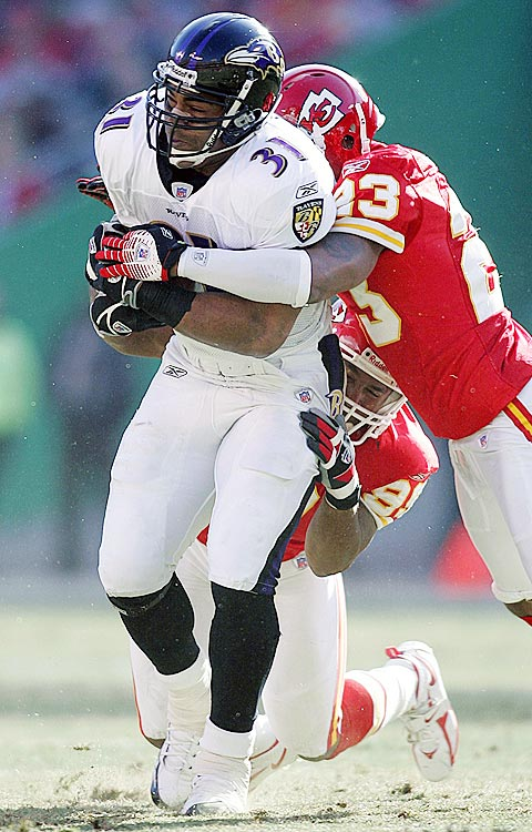 Jamal Lewis began seeing Galea in 2006 after he developed bone spurs in his right ankle.  Subsequent injuries and distrust of team doctors led Lewis to recommend Galea's services to other NFL teammates as well.