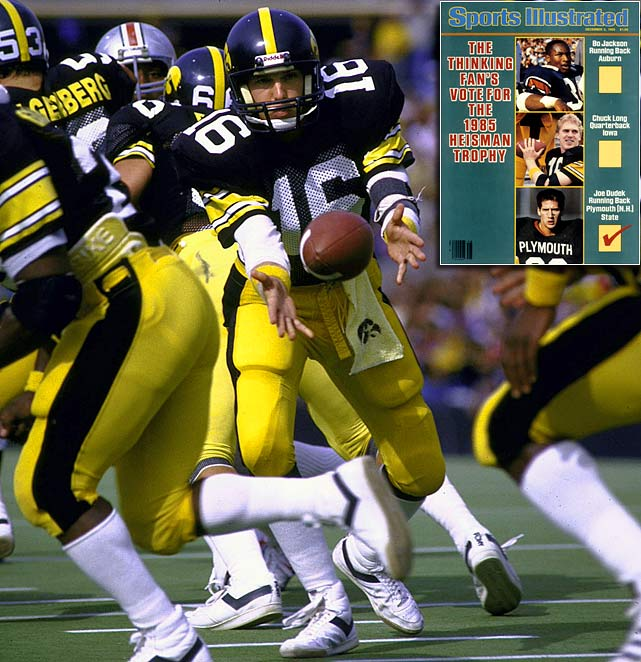 In the closest Heisman voting before 2009, Iowa's Chuck Long lost to Auburn's Bo Jackson by only 45 points in 1985.  While Jackson did set then-single-season SEC records for rushing yards and yards per carry, Long led the Hawkeyes to a gusty victory over No. 2 Michigan and put up flashy statistics of his own.