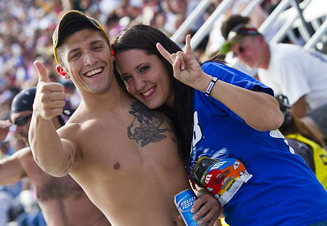 Fans descended upon Dover International Speedway on Sunday to watch the second race of the Chase for the Championship, where four-time Sprint Cup champ Jimmie Johnson took the checkers.