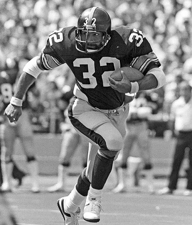 Pittsburgh Steelers running back Franco Harris rumbles into the secondary for big yardage against the Houston Oilers. Though the Steelers won the game 31-17, they finished two games behind the Oilers in the AFC Central and missed the playoffs for the first time since the 1971-72 season.