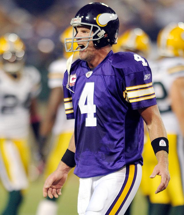 Many consider Brett Favre's return to Lambeau Field the ultimate reunion.  But for Packers fans, what could be worse than seeing your all-time hero clad in Vikings' purple at the Metrodome?  Maybe seeing your all-time hero decimate his former team with three touchdowns and 271 yards in a 30-23 Vikings victory.