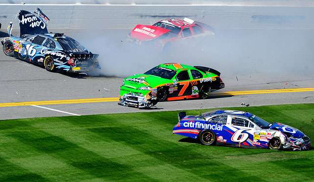 Unfortunately, Danica finished a disappointing 35th after being involved in a multi-car crash on Lap 69.