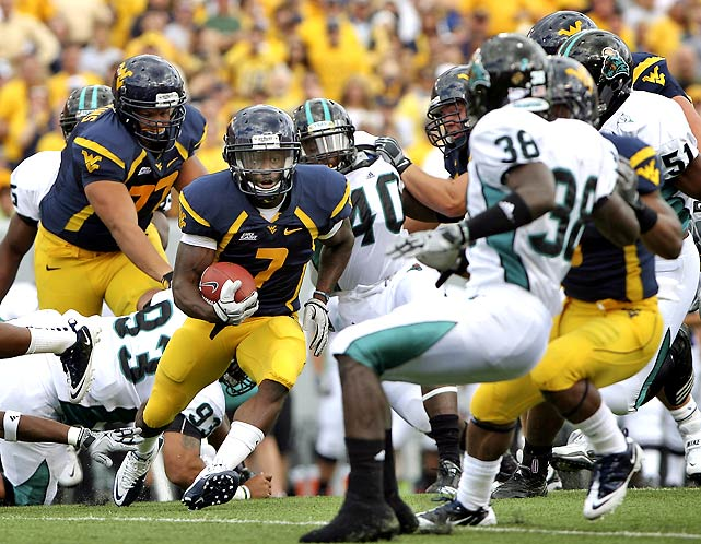Quarterback Geno Smith impressed in his debut as West Virginia starter, completing 20 of 27 passes for 221 yards and two scores. He got plenty of help from star running back Noel Devine, who rushed for 111 yards and a score.