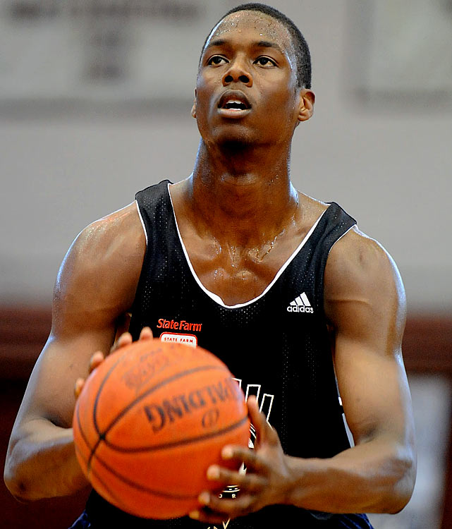 The most hyped freshman in the nation heading into this season, Barnes immediately becomes North Carolina's centerpiece. After carrying Ames High School to back-to-back championships, he hopes to have a Kevin Durant-type impact for a Tar Heels team that finished an underwhelming 20-17 last year. In Roy Williams' fast-paced offense, Barnes should put up some pretty substantial numbers right out of the gate.