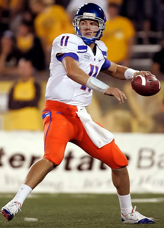Last Week:  13-of-18 for 196 yards and three TDs in Boise's 59-0 win over New Mexico State.   Season:  75-of-113 passing for 1,069 yards, 11 TDs and one INT; six rushes for minus-21 yards.  Just like his team's standing in the AP poll, this Bronco was passed by Oregon. In Moore's defense, there wasn't much more he could have done to improve his standing against the winless Aggies, whom Boise outscored 208-7 in their last four meetings. The junior was pulled five minutes into the third quarter after throwing his third TD pass. He improved to 30-1 as a starter.   Next Up:  Saturday vs. Toledo