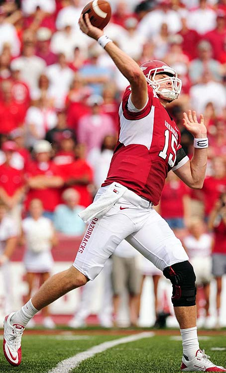Last Week:  Idle   Season:  95-of-138 passing for 1,438 yards, 10 TDs and five INTs; 14 rushes for minus-10 yards and two TDs; one punt for 43 yards.  Mallett got a weekend off, but he still ranks as the SEC leader in passing and total offense and third nationally in the latter. While he failed to capitalize on a showcase game against Alabama his last time out, he'll have another chance in two weeks against Auburn. That is, so long as he doesn't suffer another setback, against Texas A&M and its 14 th -ranked defense.  Next Up: Saturday vs. Texas A&M at Cowboys Stadium