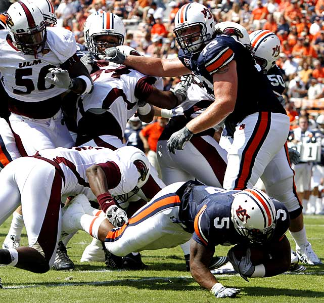 After three straight wins that weren't decided until the final minute, Auburn delivered a blowout victory that was never in doubt. Cam Newton connected with Emory Blake for a 94-yard touchdown on his first pass of the day and finished with 245 passing yards and three scores despite sitting out most of the second half.