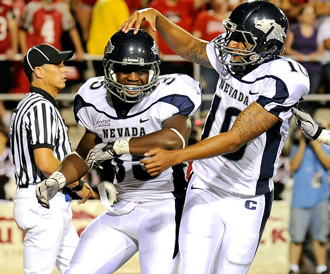 Nevada's undefeated train kept rolling with an impressive win in Vegas. For the day, Courtney Randall (35) and the Wolf Pack racked up 516 total yards and moved one step closer to their Nov. 26 showdown with No. 3 Boise State.