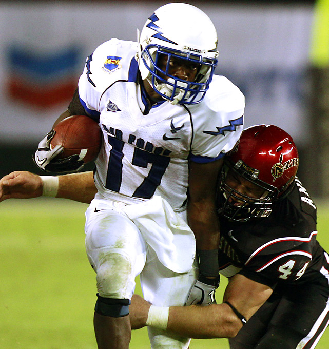 Asher Clark (116 rushing yards, 1 TD) produced stellar numbers on Saturday, but the rest of his Air Force teammates didn't fare as well. In turn, the Falcons must now suffer the double indignity of dropping out of the Top 25 and then traveling to No. 4 TCU next week.