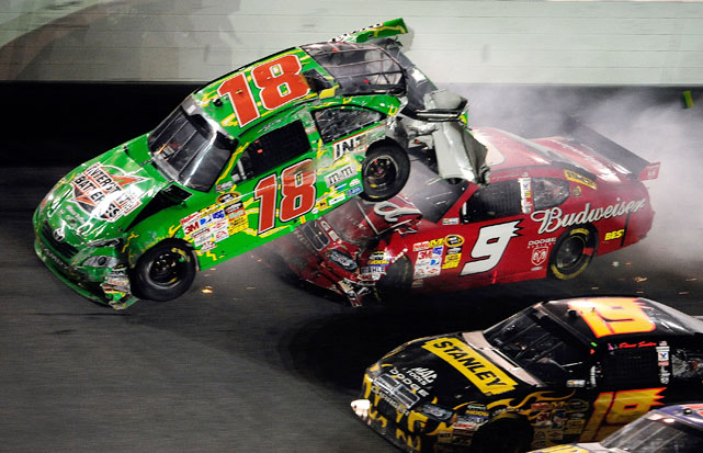 Kyle Busch looked poised for a first-place finish at the 2009 Coke Zero 400 at Daytona. That was until Tony Stewart, hot on Busch's tail, spun out the driver, sending him into the wall and back into the rest of the field. Most drivers avoided the mayhem, but Kasey Kahne wasn't so fortunate.