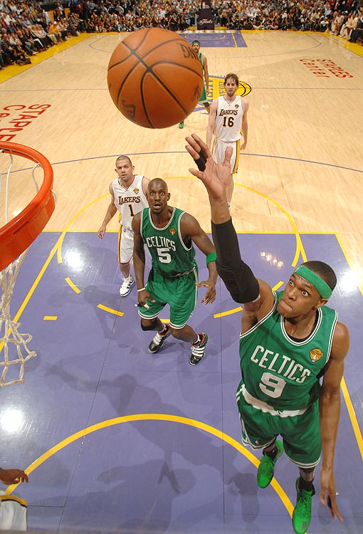 2009-10 Key Stats: 13.7 ppg | 9.8 apg | 2.3 spg | 4.4 rpg   Taking Rajon Rondo is a compromise.  Assists are at a premium in fantasy basketball, and Rondo is a great source of them.  But he can't make free throws or three-pointers, meaning you'll have to account for those deficiencies later in the draft.  Rondo is still young, though (24), and if he ever learns to make free throws he'd be a steal in the second round.