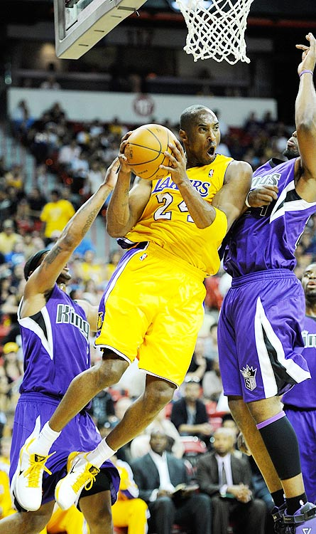 2009-10 Key Stats: 27 ppg | 5 apg | 5.4 rpg | 1.6 spg   Though his knees are banged up, few question Kobe Bryant's durability. He's played in at least 65 games every season and hasn't missed more than nine games the last five years.  Bryant does a little bit of everything (except block shots), making the Black Mamba the perfect building block for your fantasy team.