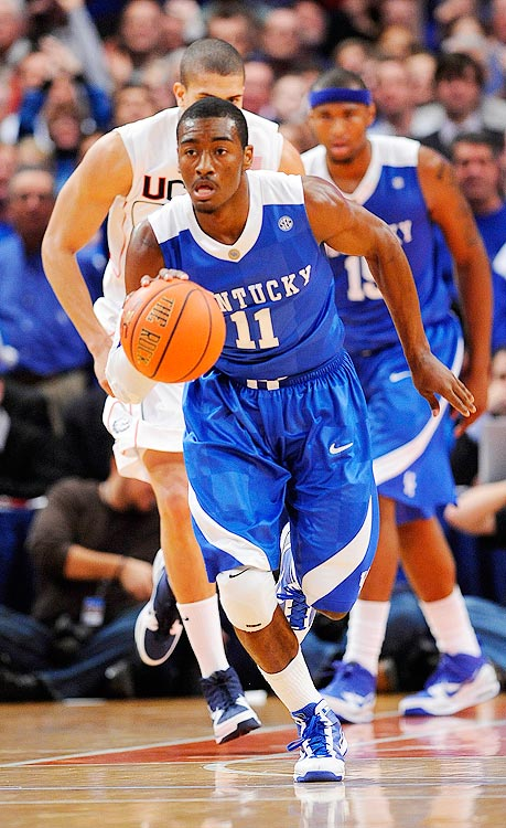 On Dec. 9, 2009, Wall made his debut at the world's most famous arena: Madison Square Garden. Never one to disappoint, Wall scored a season-high 25 points, including 12 of his team's last 15, as the Kentucky Wildcats defeated the UConn Huskies, moving the Wildcats to No. 3 in the AP polls.