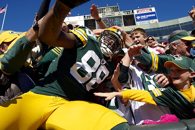 After a breakout season in 2009, Jermichael Finley looked on track to continue his ascent to tight end stardom in 2010 before knee surgery ended his season prematurely.  Nevertheless, the Packers love their pass-catching tight end, who delivered a dominant six-reception, 159-yard performance in his only playoff appearance.  In a position that's by and large a value on the football field, Finley's base salary looks like a total steal.