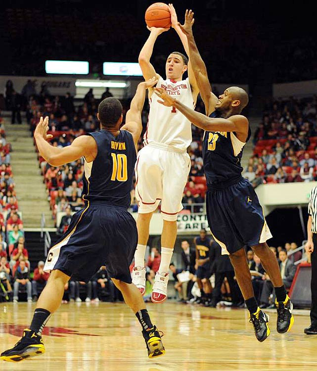 While next-level talent seems thin in the conference this year, Thompson is one player who looks like he has an NBA future. The Pac-10's top returning scorer (19.6 ppg) is also the most versatile player in the conference. At 6-6, he can play multiple positions, displays plus ball-handling ability and reminds some of Evan Turner. He also has a picture-perfect jump shot, with range beyond the three-point line. Strangely, he's been prone to horrendous shooting slumps -- missing 24 straight shots in one three-game span.
