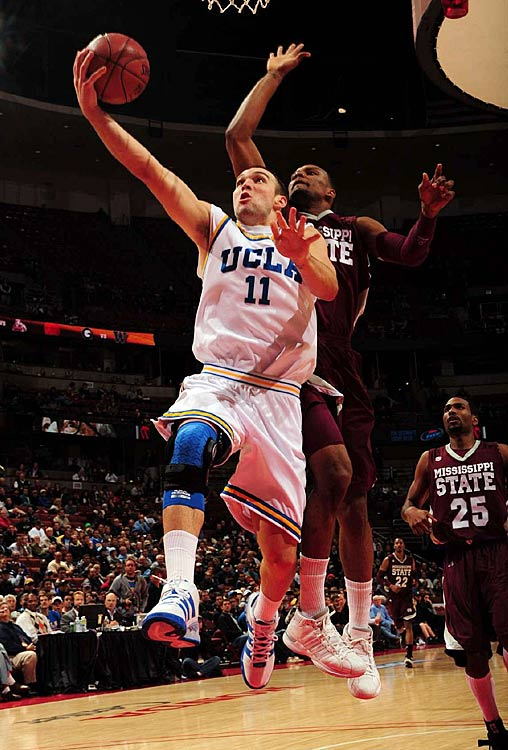 On the surface, Nelson certainly doesn't appear to be one of the conference's best players. But he maximizes his abilities by doing all the little things. Reeves offers a bevy of post moves, the ability to finish with both hands and the type of blue-collar hustle that has made him a fan favorite in Pauley Pavilion. Reeves and Tyler Honeycutt developed into a highly effective frontcourt duo in the second half of last season.