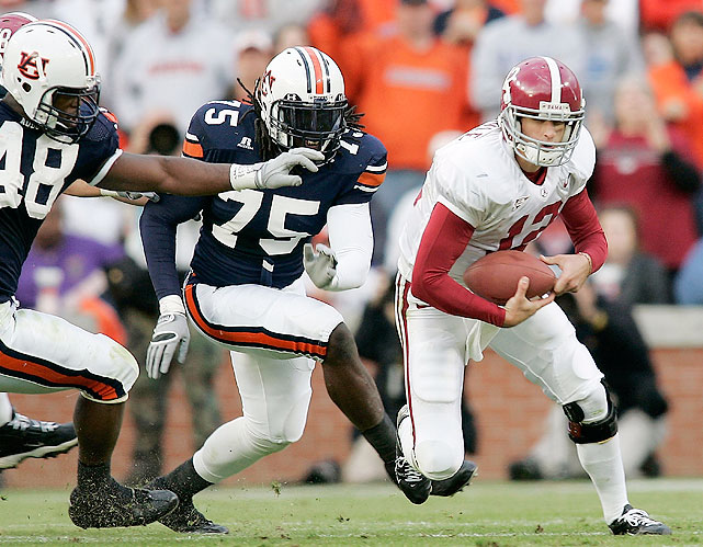 2005 was the last time both teams entered the Iron Bowl ranked (Alabama was No. 8 and Auburn No. 11).  But, like the 1971 Iron Bowl, this one too proved disappointing.  Auburn dominated from the beginning, sacking Crimson Tide quarterback Brodie Coyle 11 times, and by halftime they led 28-7.