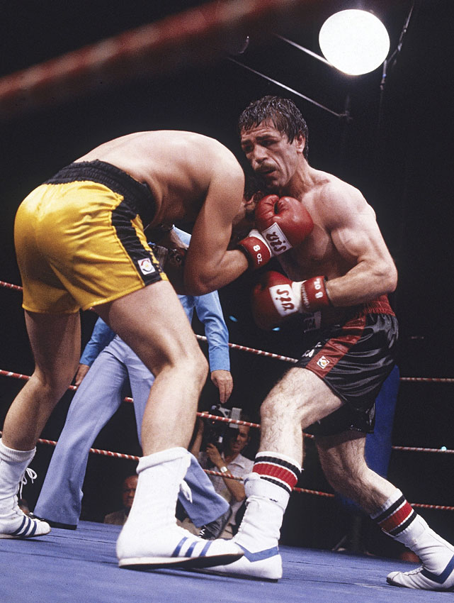 Argentina's Corro ( left, in yellow ) won the title from Colombia's Rodrigo Valdez on a unanimous decision and defended it twice, including a points victory over Valdez in Buenos Aires. After losing the title to Vito Antuofermo on a split decision, he'd go just 3-4-1 before retiring.