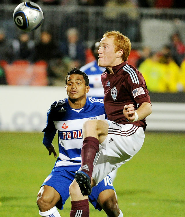 Rapids midfielder Jeff Larentowicz traps the ball against Ferreira in the first half. Larentowicz, brought in by trade from New England in January, played in his fourth MLS Cup.