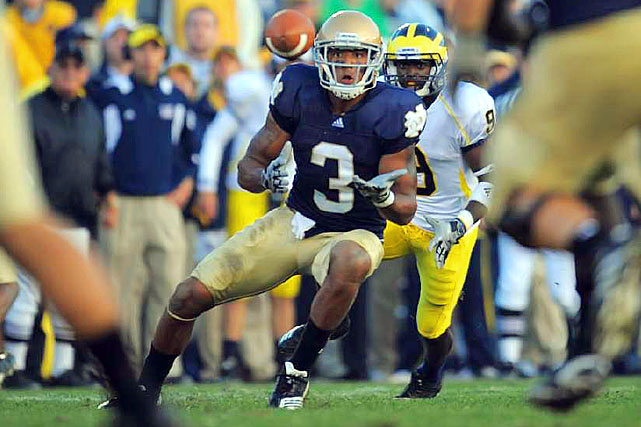 :  Floyd is another top flight receiver with terrific size and game controlling skills. He's an enticing target who out-muscles opponents to come away with the pass. Floyd, a junior, projects well as a possession receiver at the next level.    2nd Round Prospect