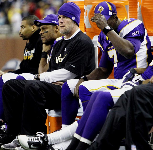 On Dec. 13, Brett Favre finally sat out.  A shoulder injury forced him to miss the team's Week 14 contest with the Giants, ending his 297-game consecutive start streak, one of the most impressive individual streaks in all of sports.  Backup quarterback Tavaris Jackson didn't fare too well in his first start since 2008.  He went just 15-of-30 for 118 yards and suffered a turf toe injury that would later land him on injured reserve.