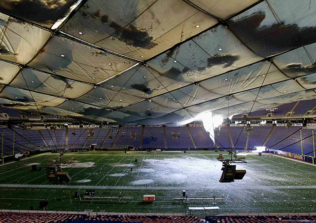 Things went from bad to worse in Minnesota on Dec. 12 as the roof of the Metrodome, the Vikings' home for the past 28 years, collapsed under the weight of accumulated snow.  The incident -- captured with remarkable video footage -- caused the team's Week 14 matchup with the Giants to be postponed and subsequently held at Ford Field in Detroit.  The new location didn't help:  Minnesota lost 21-3.