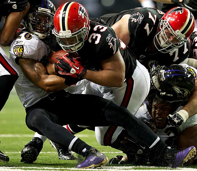 17 rushes for 39 yards in 26-21 win over the Ravens.