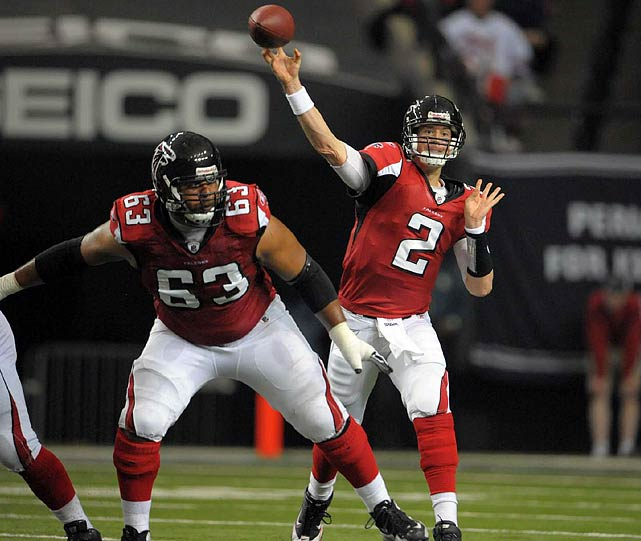 Falcons-Packers was a game of contrasts.  On one side you had the Packers, spreading the field with five-receiver, no-back formations.  On the other side you had the Falcons, pounding the ball, lining up with two, sometimes three tight ends on any given play. The latter philosophy won out on Sunday, as Matt Ryan and the Falcons emerged victorious in a 20-17 thriller.