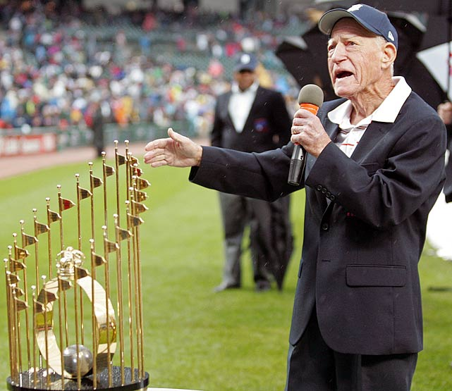 Anderson speaks to fans as his 1984 World Series Championship team is honored before a Tigers-Twins game at Comerica Park, in Detroit.