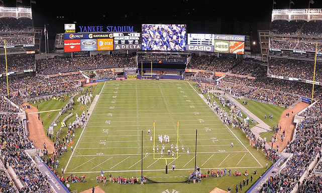 As Illinois and Northwestern faced off at Wrigley Field, Yankee Stadium played host to a game between Notre Dame and Army in front of 54,231 fans on Nov. 20, 2010. The Fighting Irish took the victory, 27-3. On Dec. 30, 2010, the first annual PInstripe Bowl was held, between Syracuse and Kansas State, and Yankee Stadium has hosted the bowl game every year since.